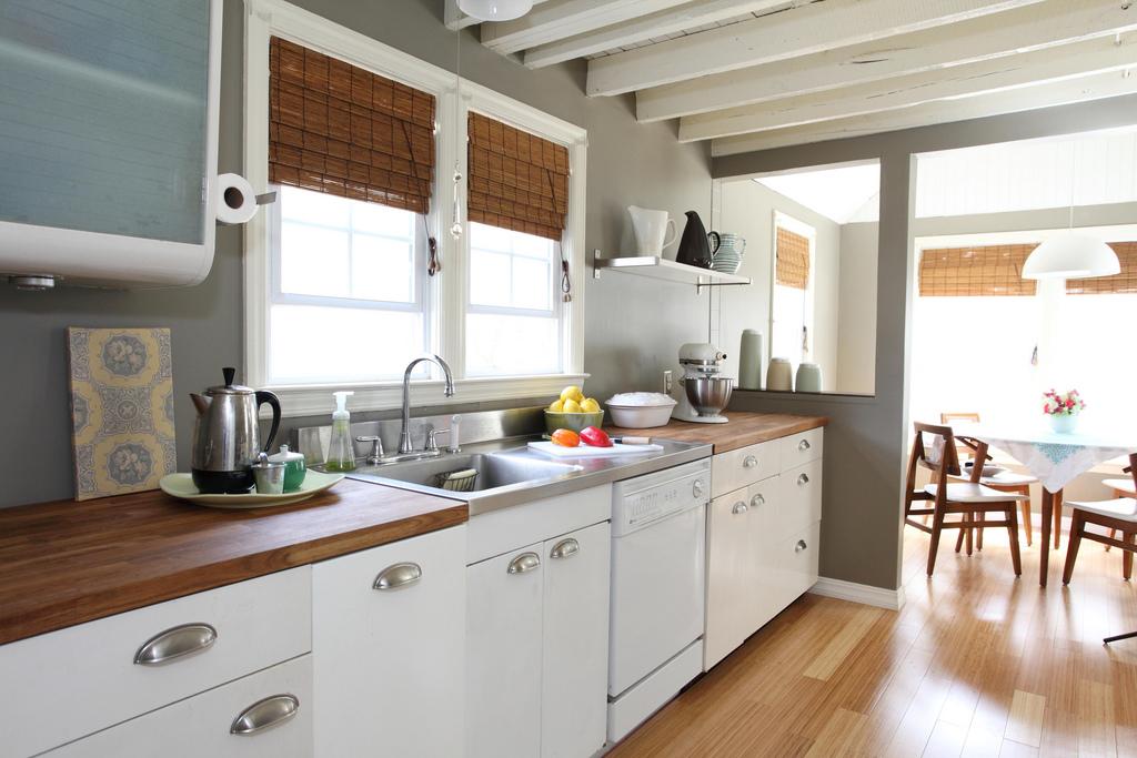 เลือกเคาน์เตอร์ครัว ตามวัสดุก่อสร้างให้เหมาะสมกับความต้องการ