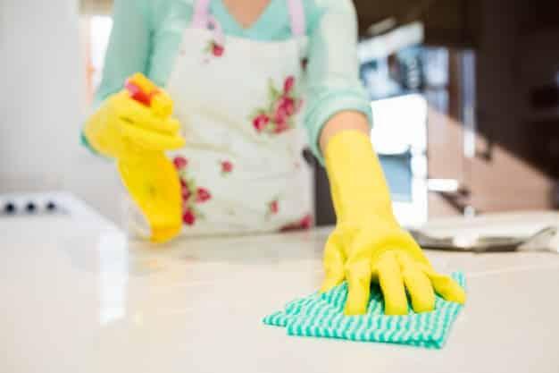 ทำความสะอาดห้องน้ำง่ายๆ พิชิตคราบสกปรกด้วยเคล็ดลับใกล้ตัว