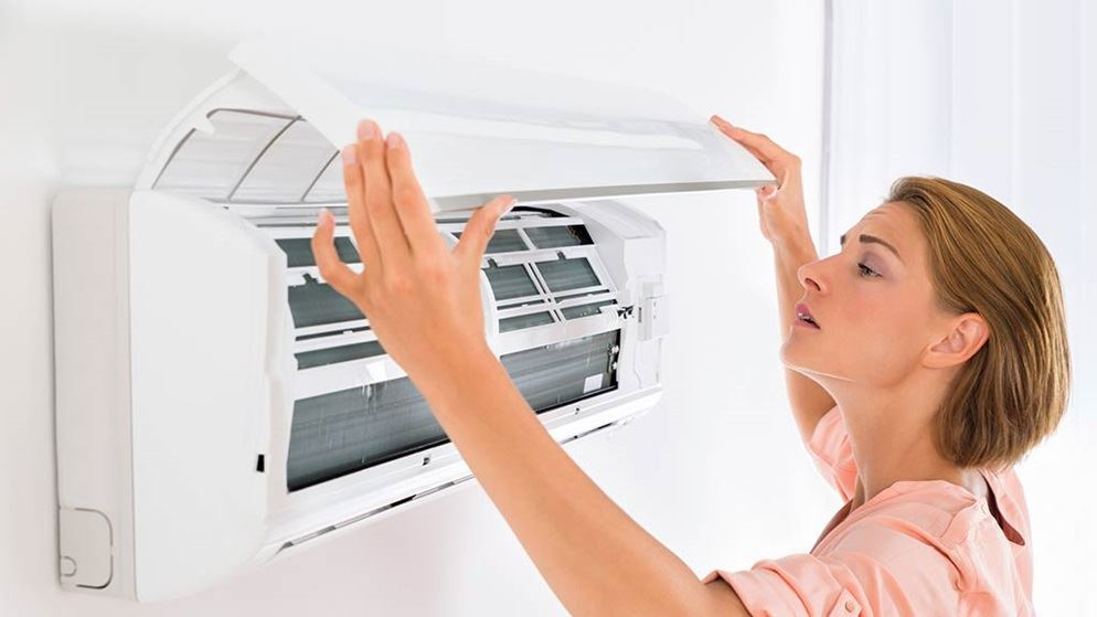 ทำความสะอาดเครื่องปรับอากาศได้ด้วยตัวเองไม่ยากอย่างที่คิด แค่ไม่กี่ขั้นตอน