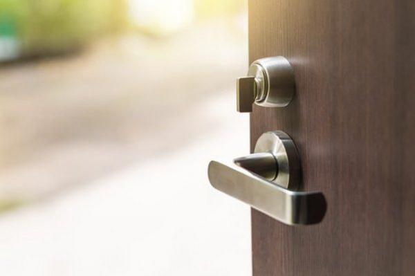เทคนิคเลือกลูกบิดอย่างไรให้เข้ากับการใช้ของประตู