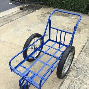(ล้อมือสอง17นิ้ว) รถเข็นสามล้อ โครงเหล็กสีน้ำเงิน ขนาด8 ปี๊บ 50x100 cm