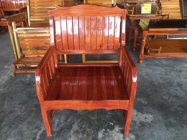 เก้าอี้รับแขกไม้นนทรีย์